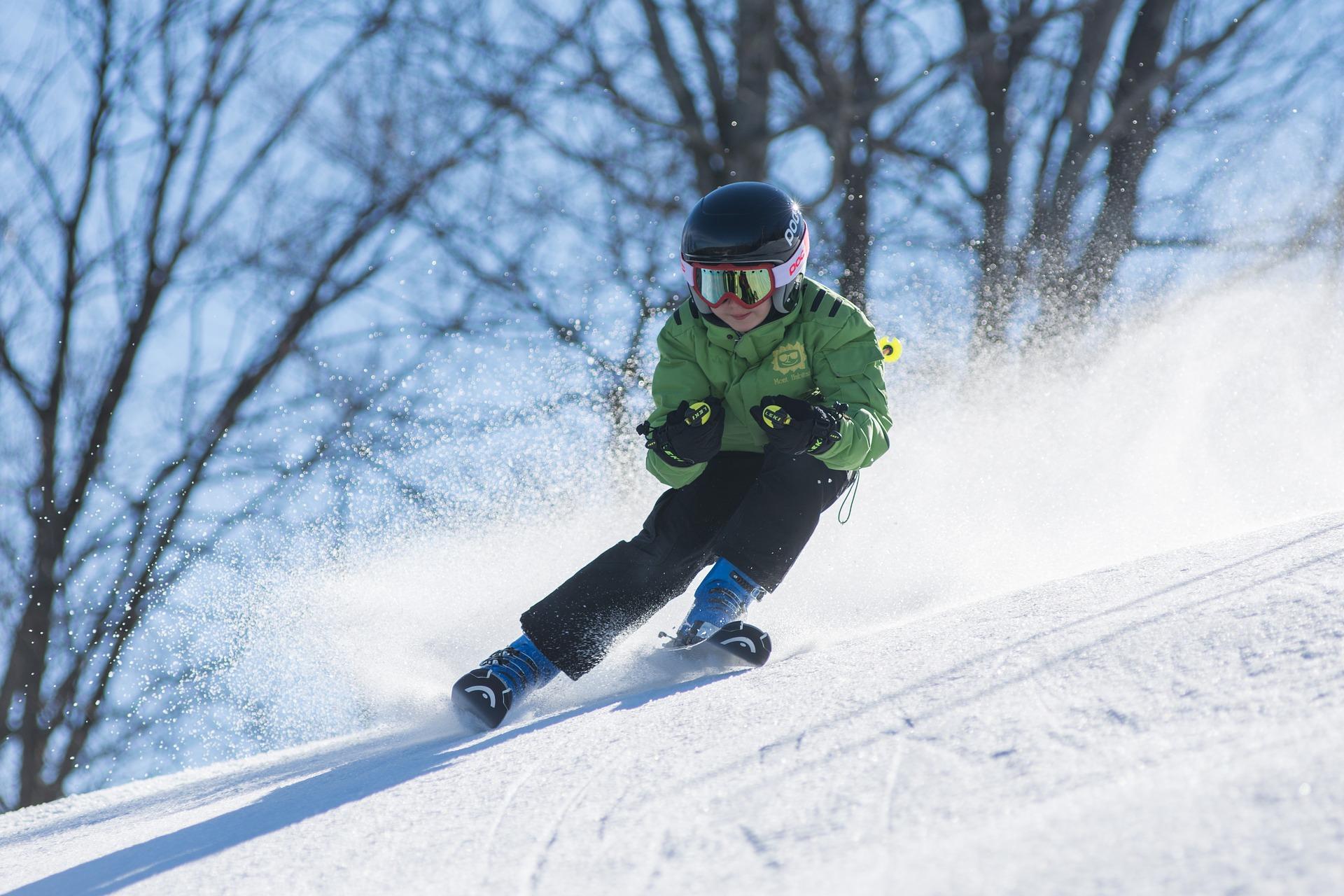 Kind fährt Ski